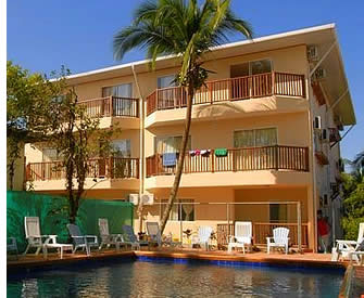 In Bocas del Toro, Panama there are numerous mid range hotels where Spanish students can stay at